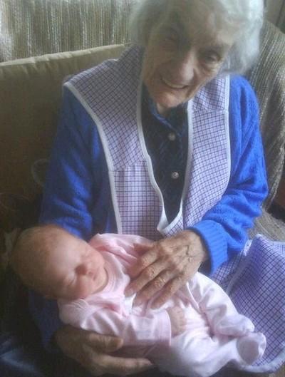 nan and great great  grandaughter