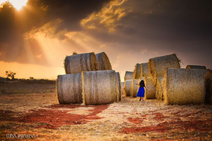 A little dance of happiness by ElenaParaskeva - Dry Fields Photo Contest