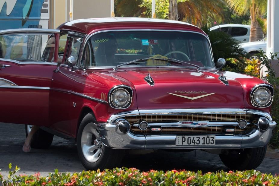 57-Chev-Taxi---Cuba