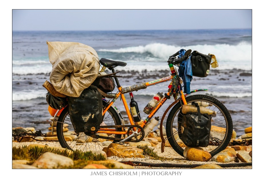 This is the bike of a man i met at Cape of Good Hope in SA who had just completed a 2 year cycle ...