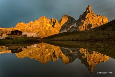 Baita_Segantini_Golden_Sunset
