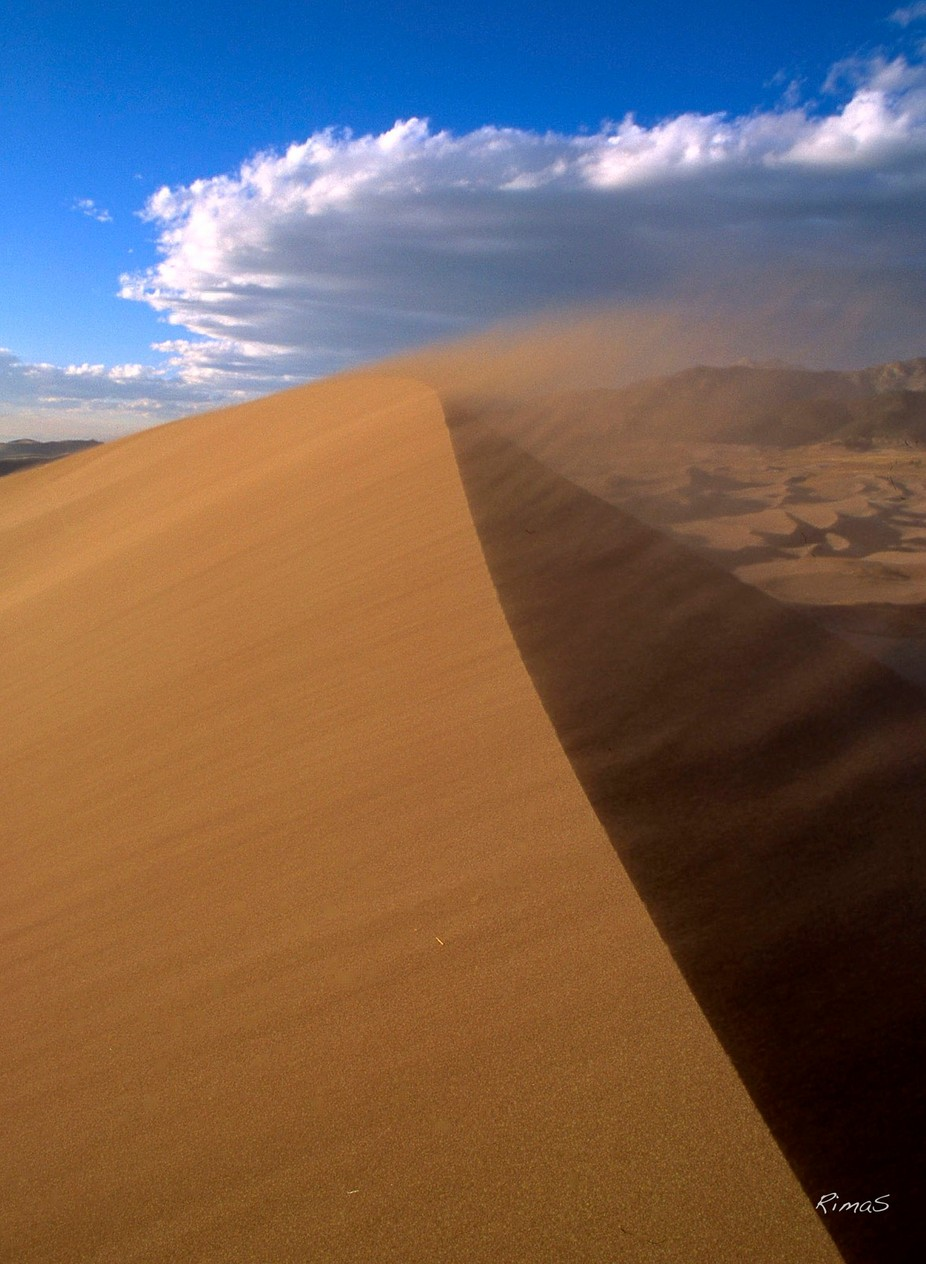 blowing  by paisinis - Landscapes And Sand Photo Contest
