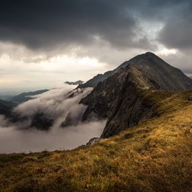 A cloudy morning near the Laitel peak in the Carpathians. There were some clouds above and now some new clouds were coming from below. 2 minutes ...