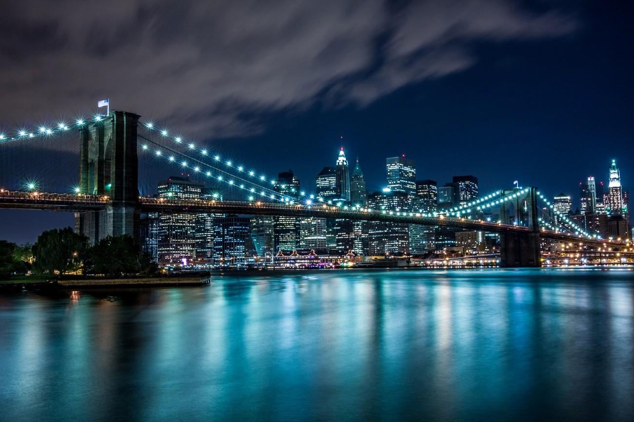 38 Bright Photos Of Bridges At Night: Photo Contest