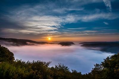 Sunrise at misty Saarschleife