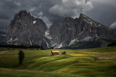 The storm approaches Alpi di Siusi