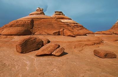 Delicate sandrock formations
