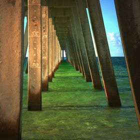Standing under the pier is relaxing, but then your eyes get lost in the geometric shapes and it becomes mesmerizing.