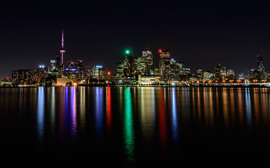 A nice shot of toronto from the waterfront.