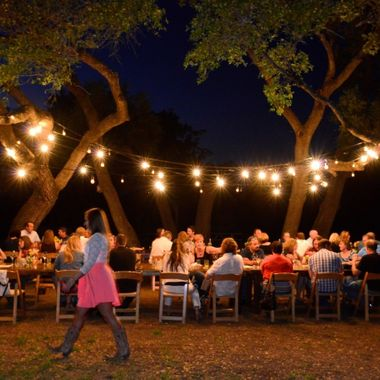 One of the main reasons the Texas Wine Experience is gaining so much favor -- culinary dinners hosted at small wineries under the lights.