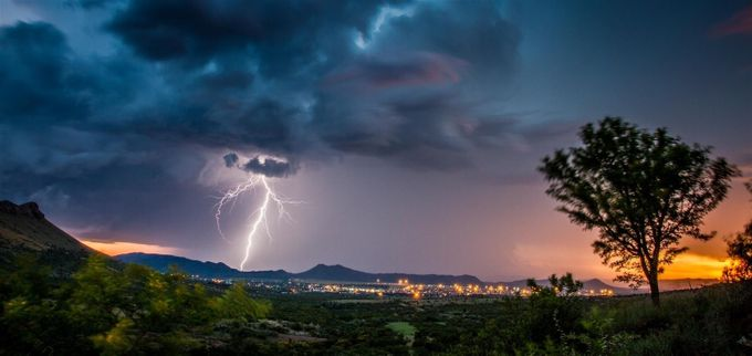 Hectic flash by saboytjie - Earth Day 2017 Photo Contest