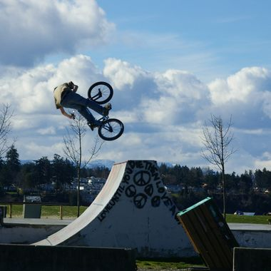 14 March 2007 055 Parksville Park skate park BIKE JUMP