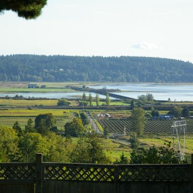BOUNDARY BAY from Panorama Ridge in Surrey/Delta, British Columbia 2006