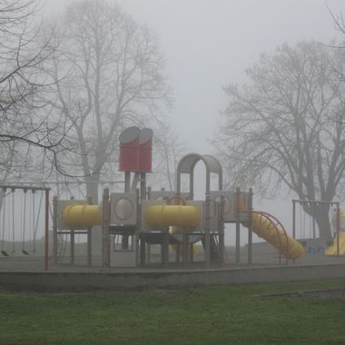 FOGGY PLAYGROUND in STANLEY PARK, Vancouver 21 JAN 2009