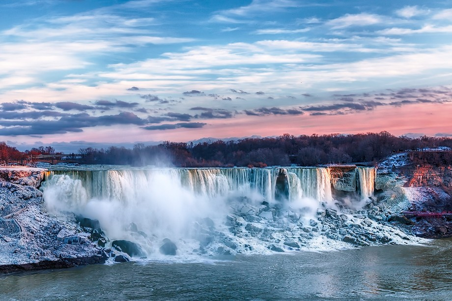 January sunset at the American Falls, Niagara Falls.