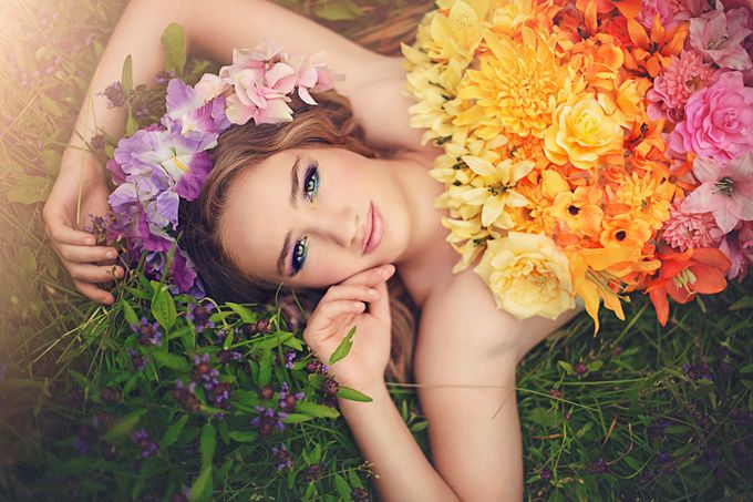Queen of Spring by Propelthemoon - Environmental Portraits Photo Contest
