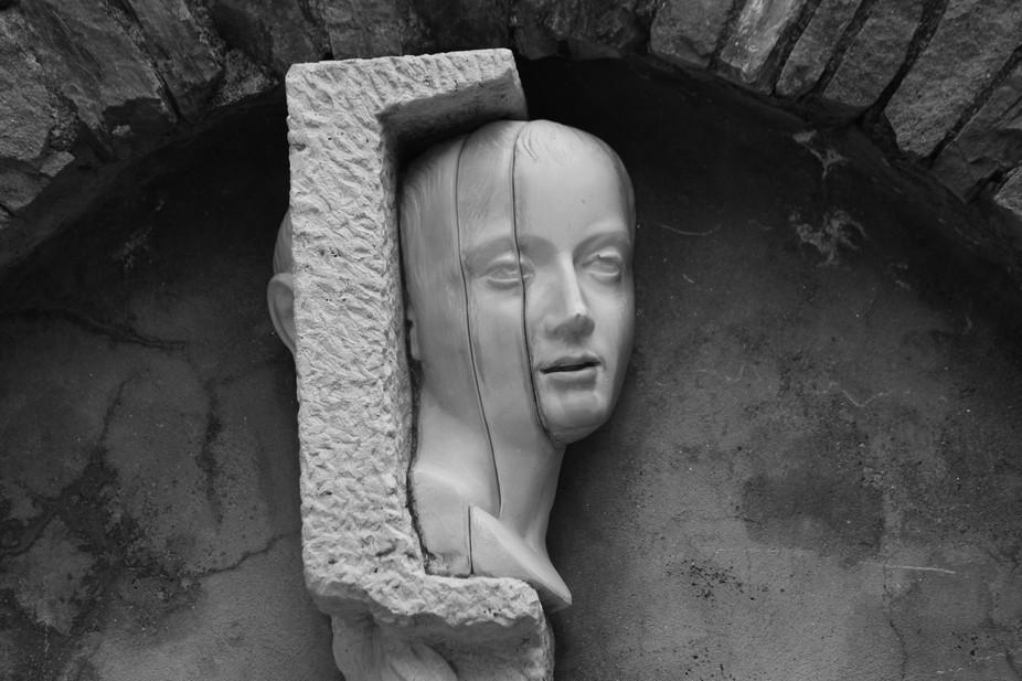 Statue in Manarola