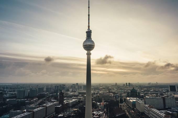 Berliner Fernsehturm by s1000