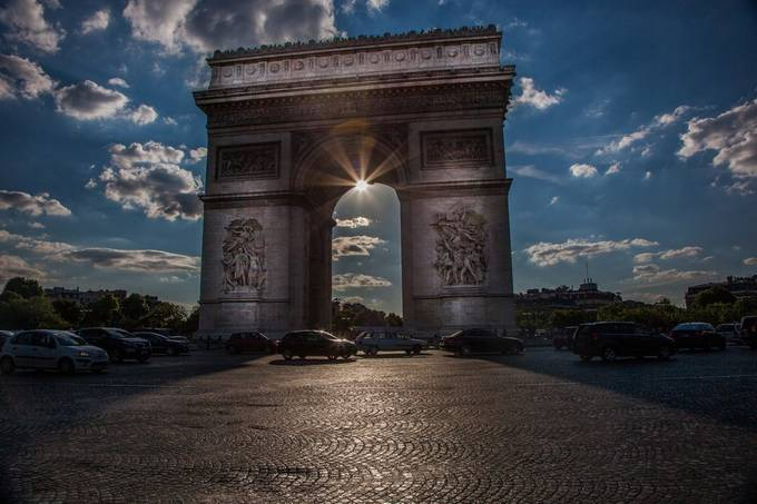 Arc de Triomphe by DSCan - Paris Photo Contest