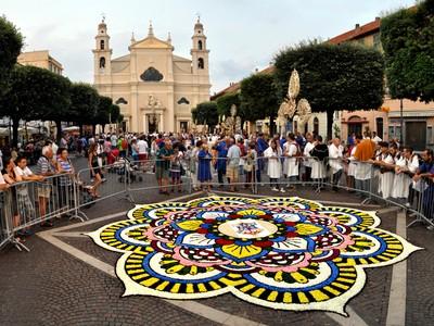 Piazza San Nicolò, Pietra Ligure