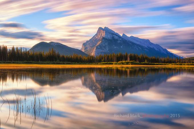 Mount Rundle by markrichard