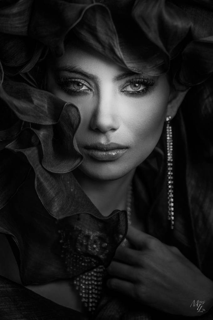 Ann by miketlim - Dramatic Portraits Photo Contest