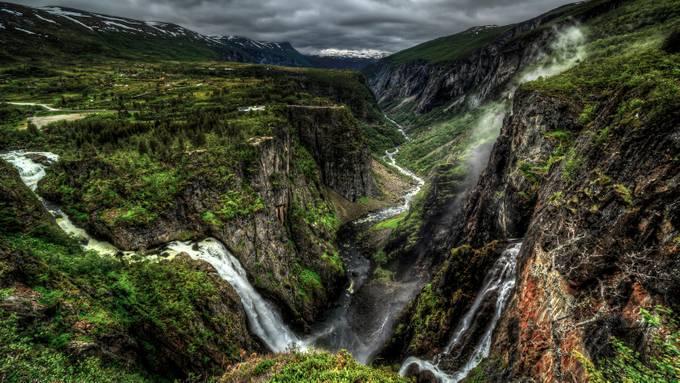 On the edge by sondregunleiksrud - Secret Canyons Photo Contest