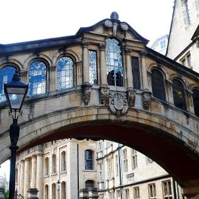 Contrasting shapes and angles in the architecture in Oxford