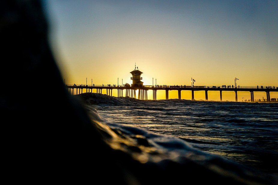 Waves, water and the pier.  Camera: SONY ILCE-6000