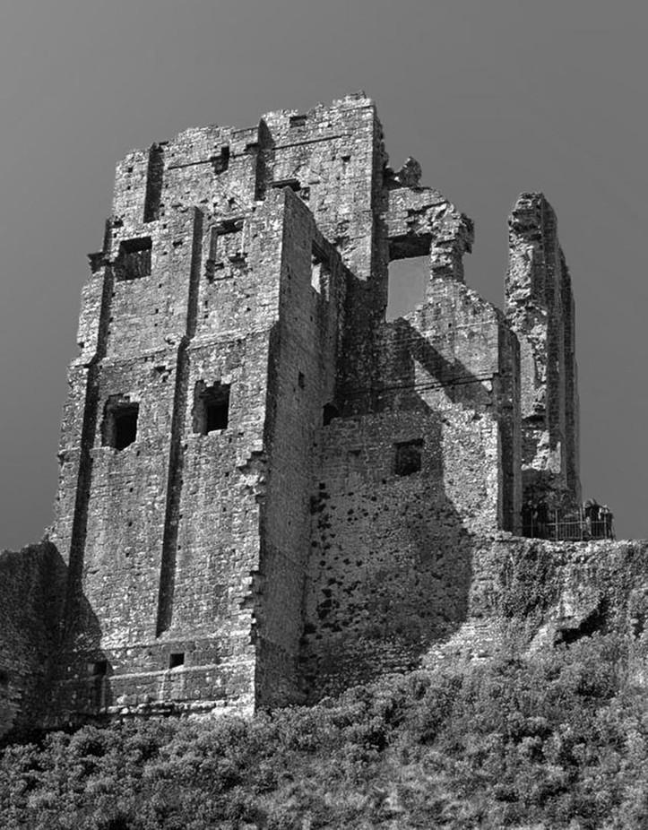 Corfe Castle BW