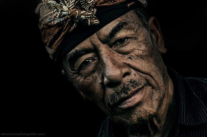 Wayan by elenamunoz - Dark Portraits Photo Contest