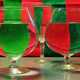 Playing with refraction in red and green