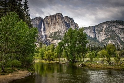 Yosemite Falls view from Merced River