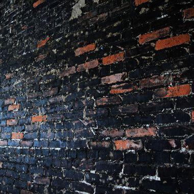 brick wall at rabbits foot 1