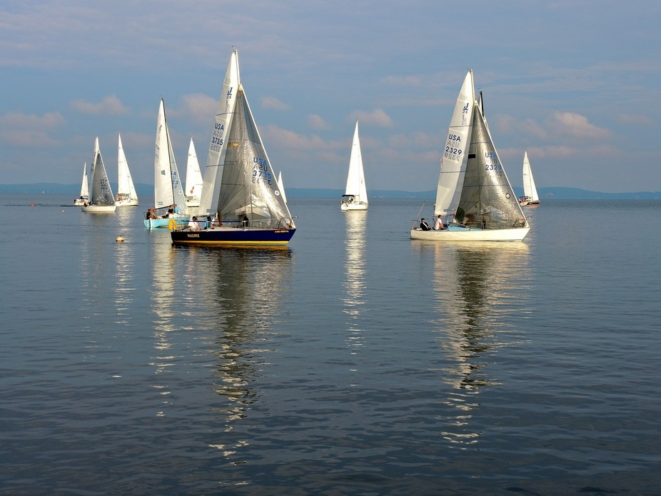 Beautiful night of sailboat races in zero wind conditions!!!