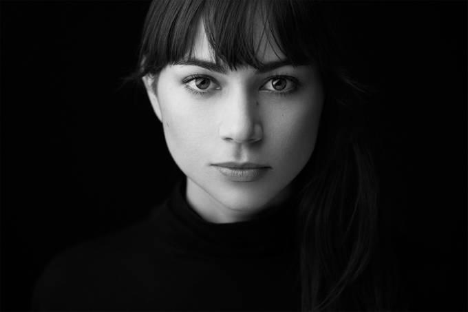 Grace by rodrigochapa - Dark Portraits Photo Contest