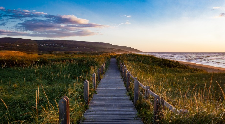 The boardwalk in between the beach and Cabot Links in Nova Scotia.