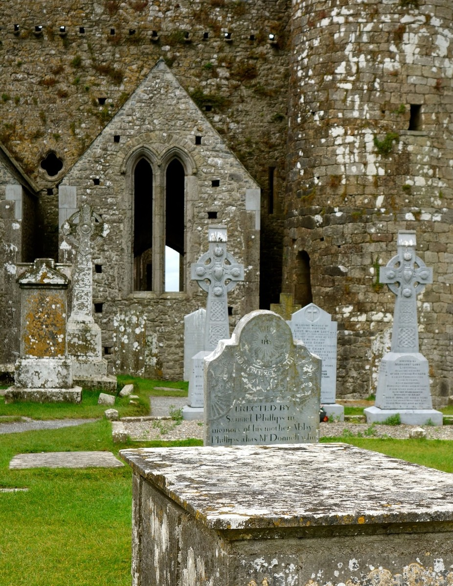 Graves in Ireland