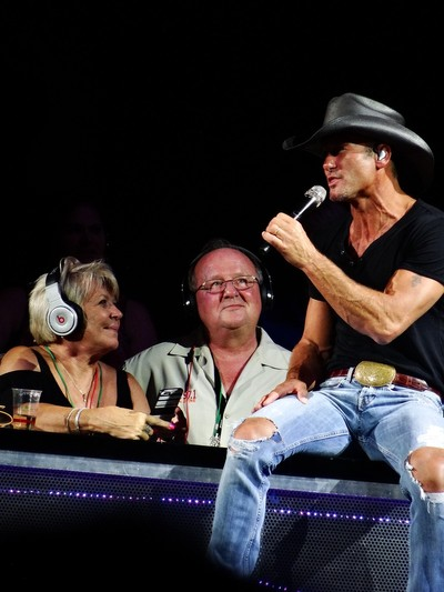 Tim McGraw and Fans