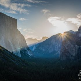 Yosemite's famous tunnel view, from which you can see (left to right): El Capitan, Clouds Rest, Half Dome, Sentinel Rock, Sentinel Dome, Cat...