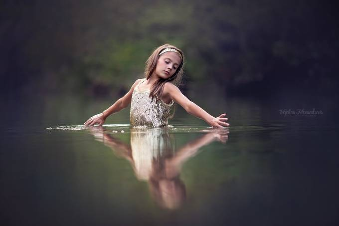 Water dances by veselinaalexandrova - Image of the Year Photo Contest by Snapfish