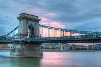 Chain Bridge at dusk