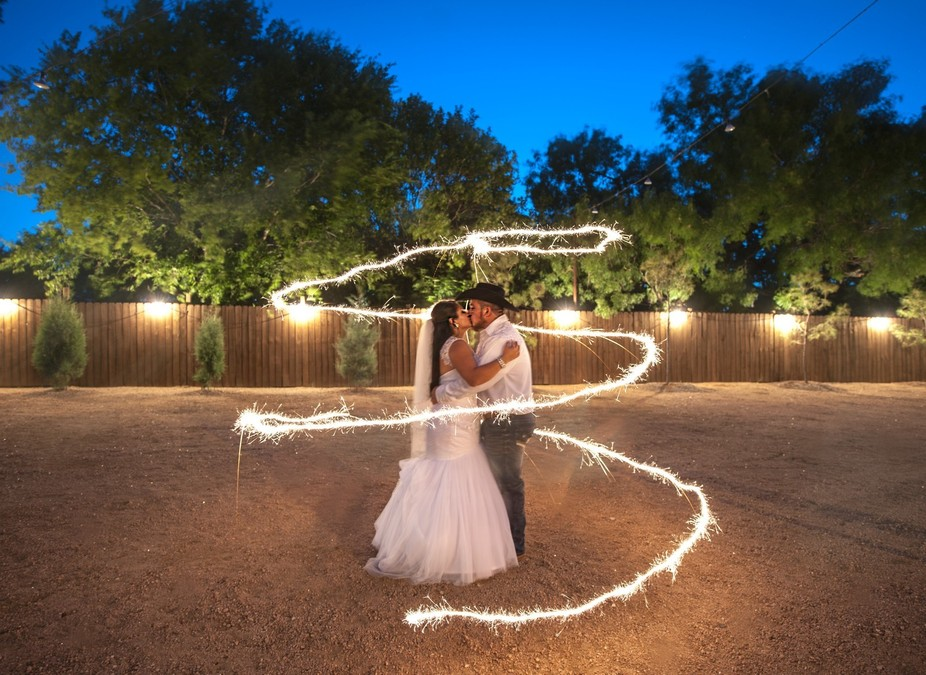 South Texas weddings and sparklers