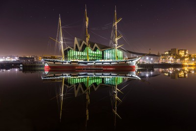The Tall Ship(s)