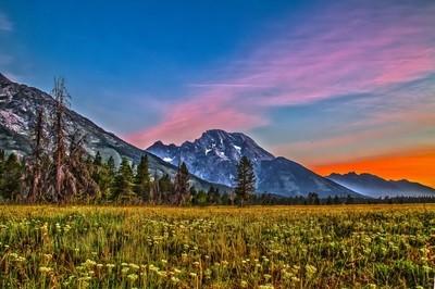 Grand Tetons at sunrise - hdr