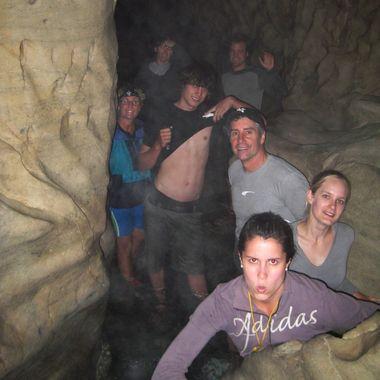 Cavestreamers1