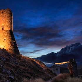 Side view of the famous castle of Rocca Calascio (AQ) after sunset