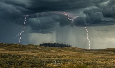 Hayden Lightning Storm