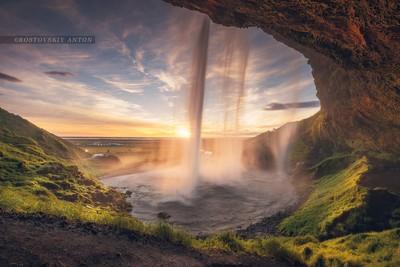 waterfall in Iceland, Seljalandsfoss.