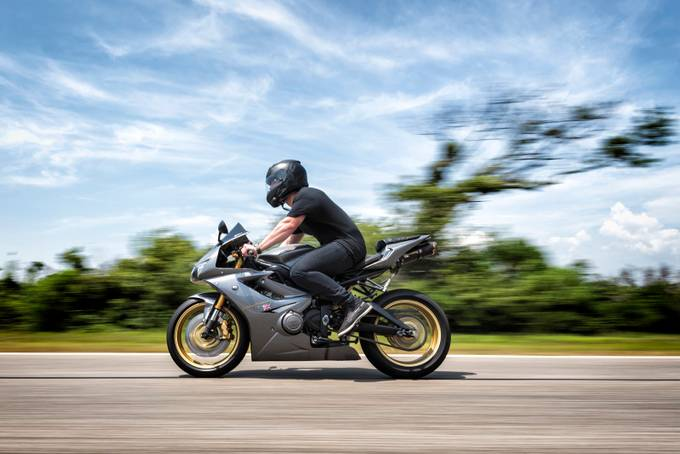 Triumph Daytona 675 by HathsinPhotography - Motorcycles Photo Contest